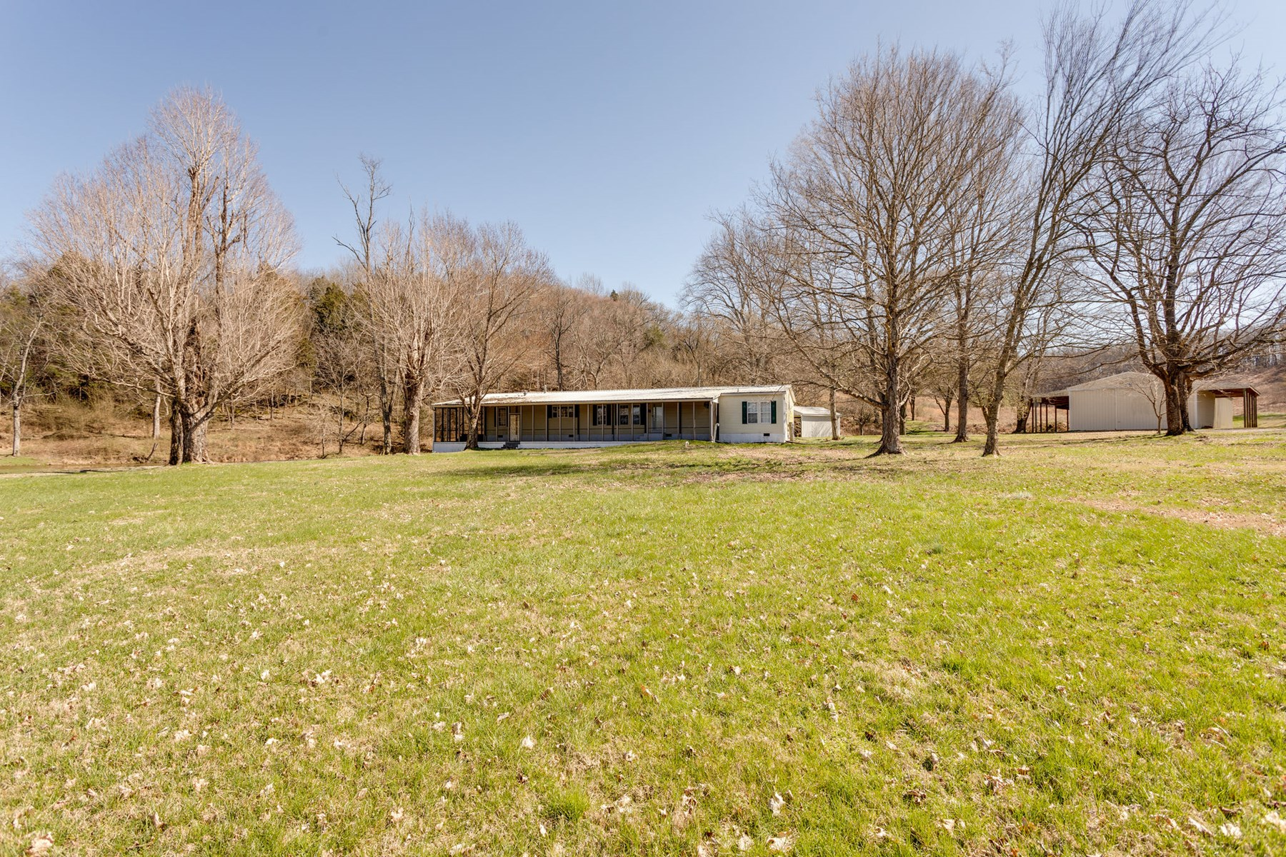 4077 Covey Hollow Road Culleoka TN