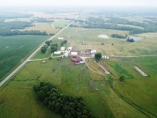 690 acre +/- Livestock Grazing Land Ranch near Armstrong MO