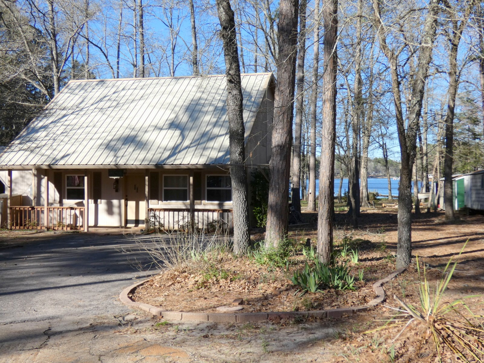 LAKEFRONT HOME AFFORDABLE EAST TEXAS WOOD COUNTY HAWKINS