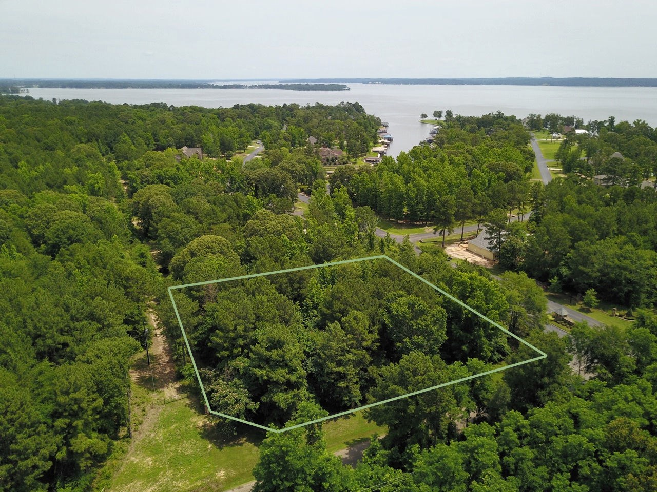 LOTS FOR SALE | LUXURY SUBDIVISION | LAKE PALESTINE TX