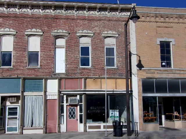 Commercial building for sale on the square in Unionville, MO