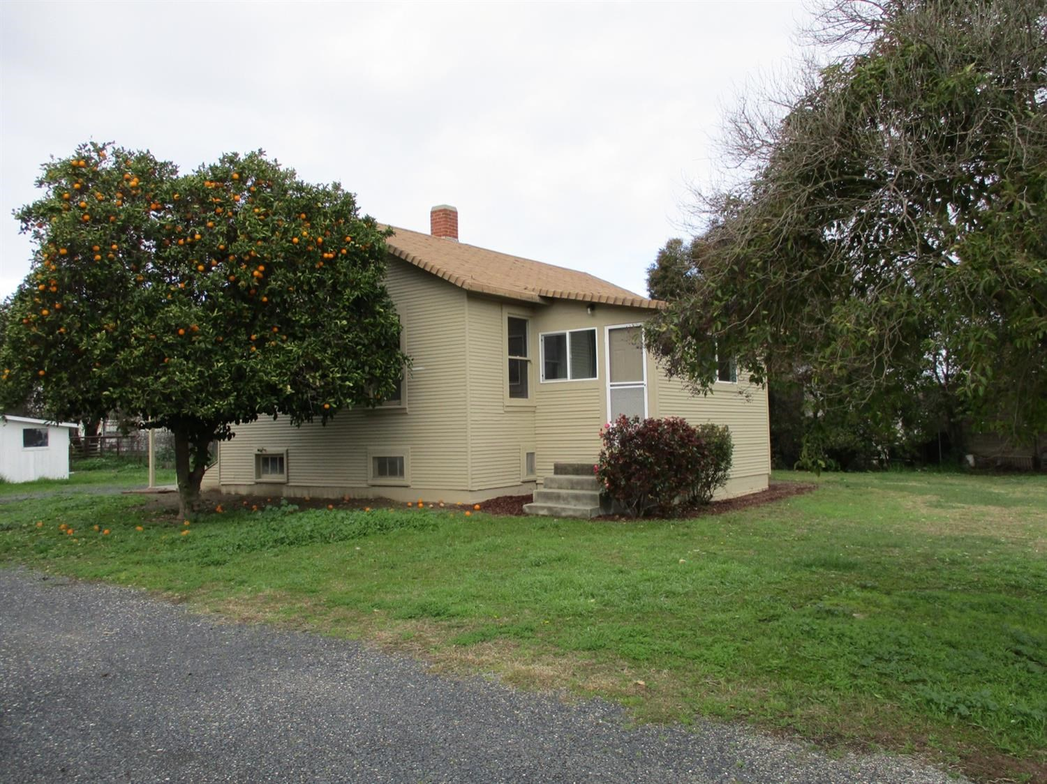 Colusa County, Northern California Cottage For Sale