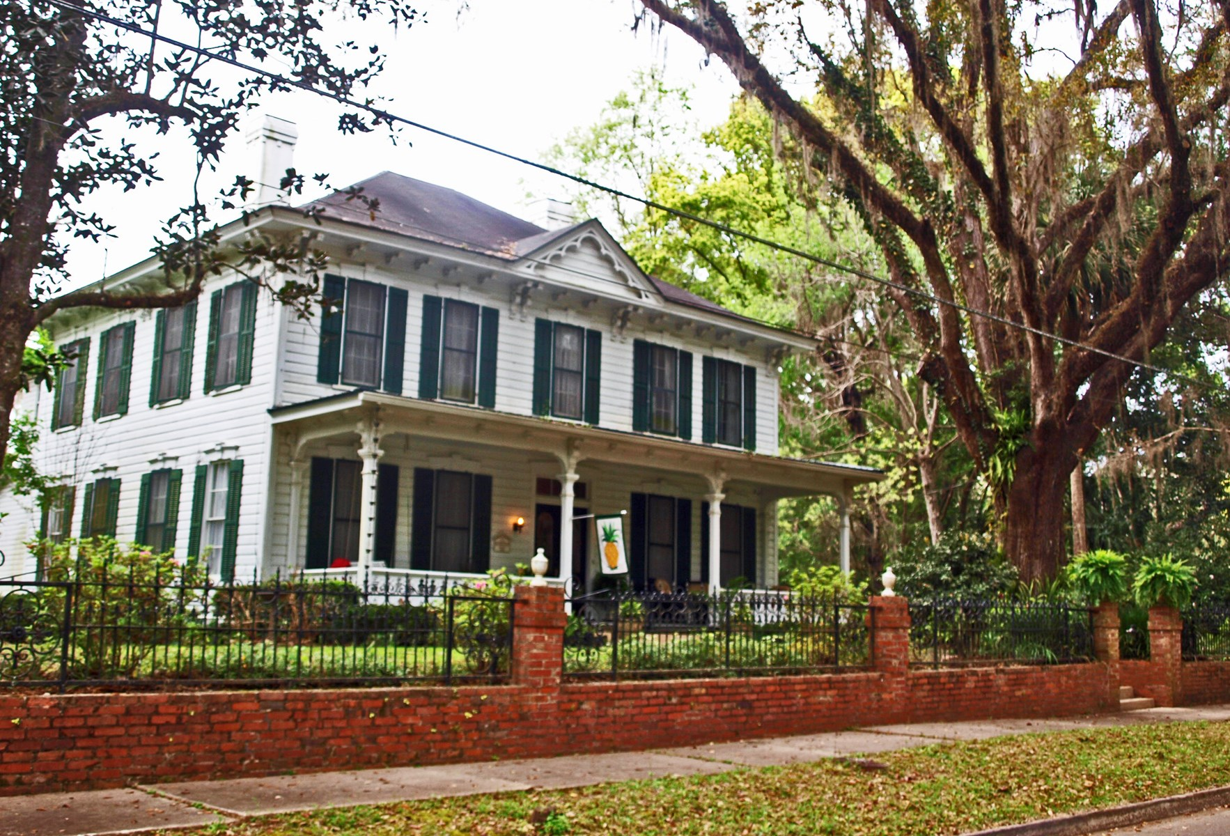 HISTORIC NORTH FLORIDA HOME IN CHARMING MONTICELLO