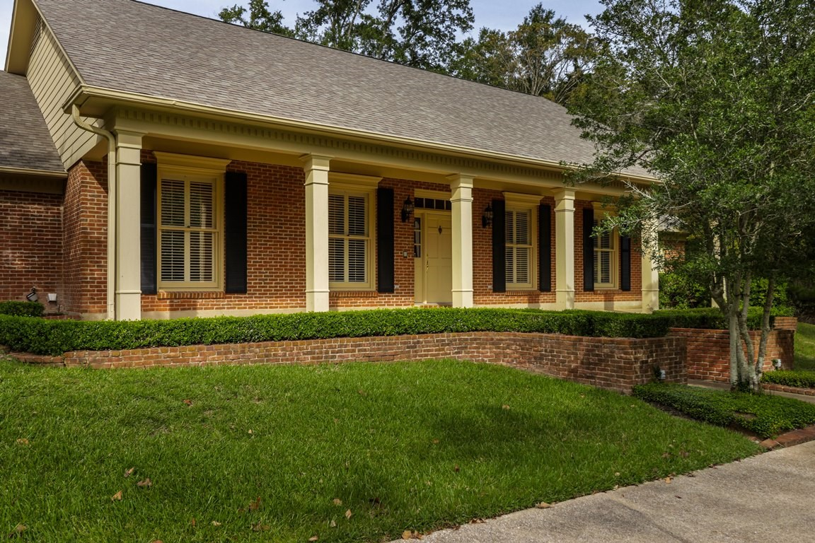 LUXURY & LOCATION, 4 BEDROOM 3.5 BATH HOME FOR SALE FLINT TX