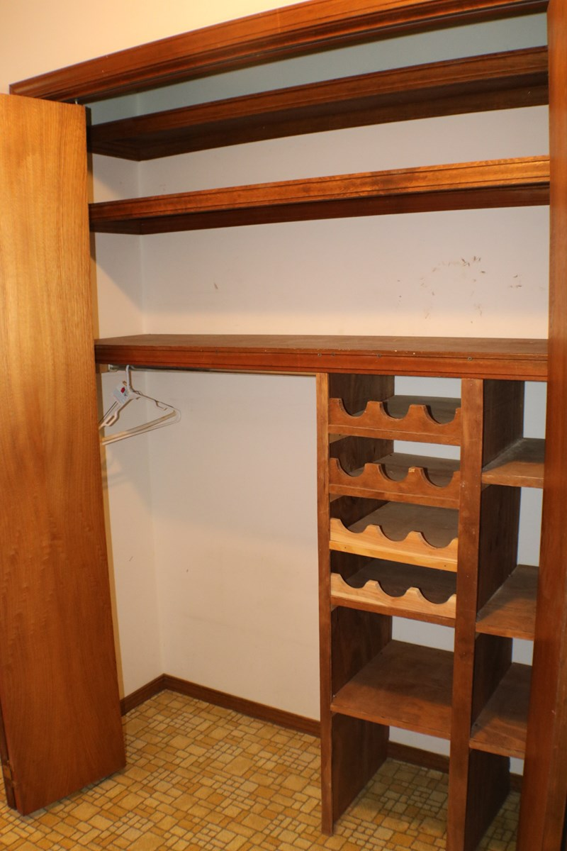 storage in laudry/kitchen