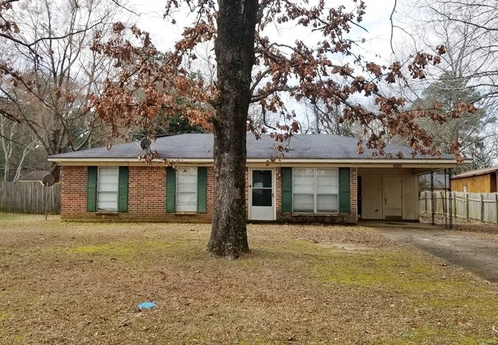 HOME IN BASTROP LA FOR SALE