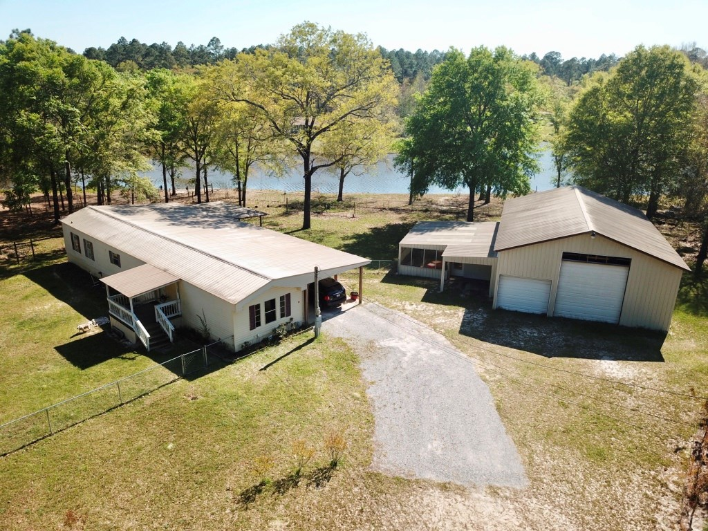 MOBILE HOME W 2 ACRES  ON LAKE FOR SALE GENEVA, ALABAMA