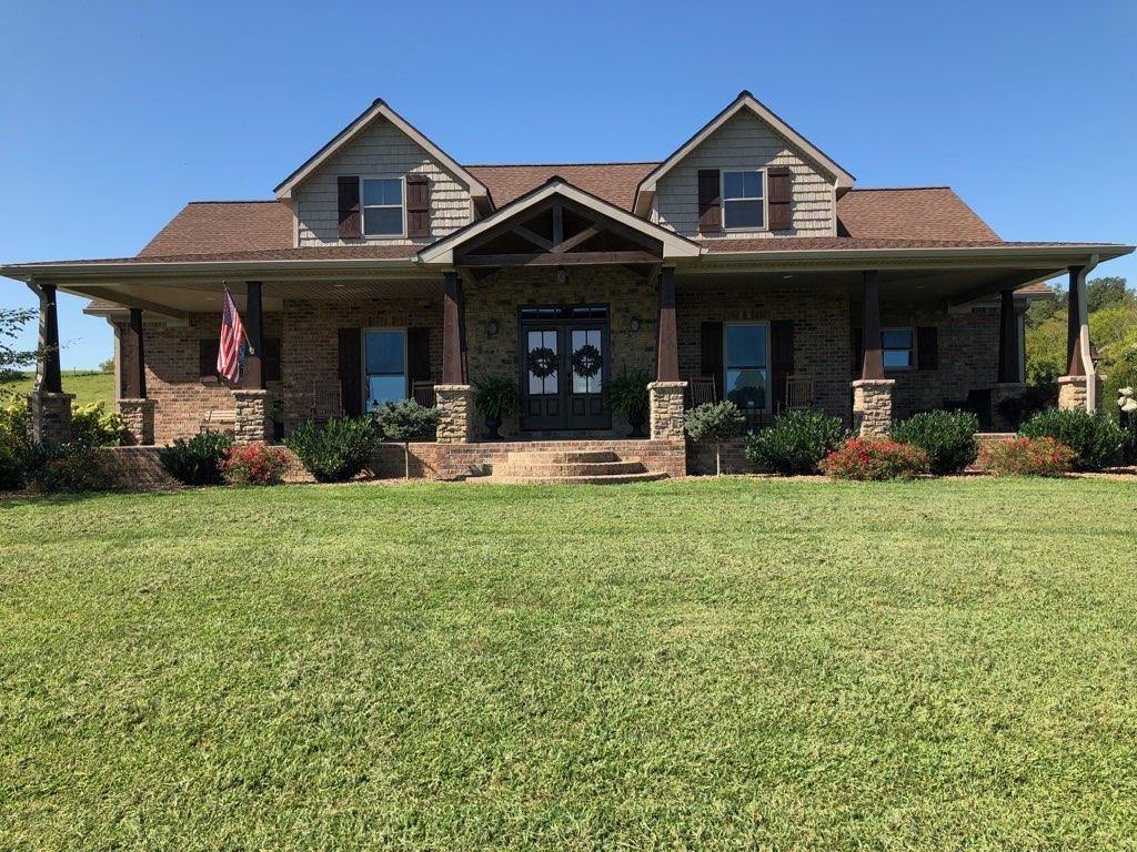 Stunning country home on 70 acres. Burkesville, Kentucky