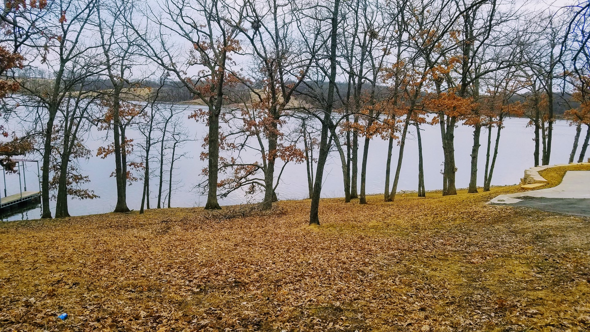 Main body Lake Thunderhead waterfront lot for sale