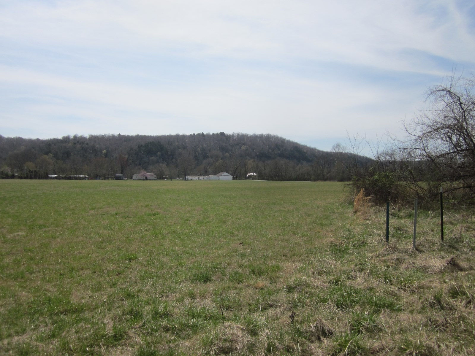 LAND FOR SALE AT THE VALLEY FLY IN, COTTER, AR