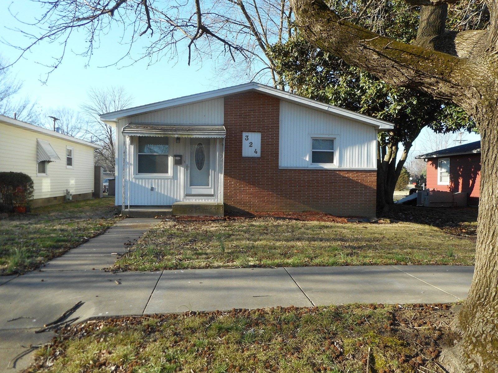 House for Sale in Chaffee, Missouri