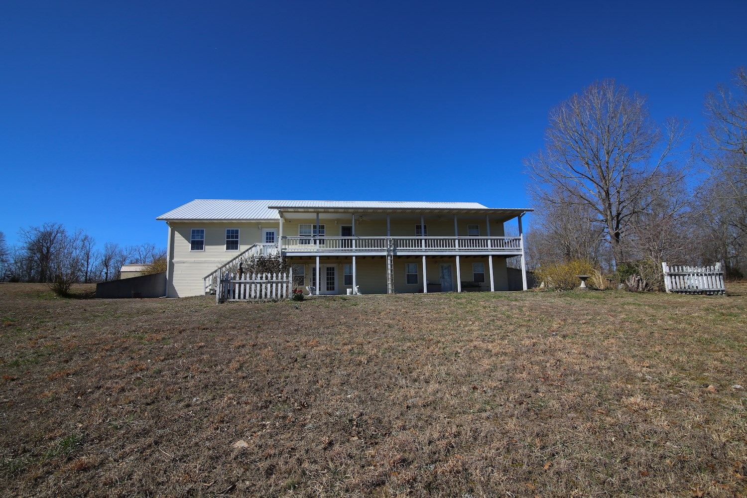 Country Home for Sale with Acreage in Fulton County Arkansas