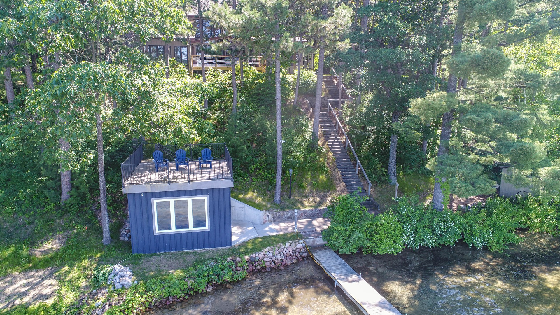 Chain O' Lakes Home on Round Lake, For Sale Waupaca WI