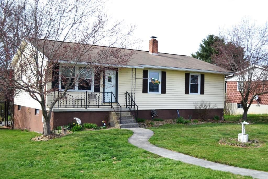 Home under $150,000 in Wytheville, VA