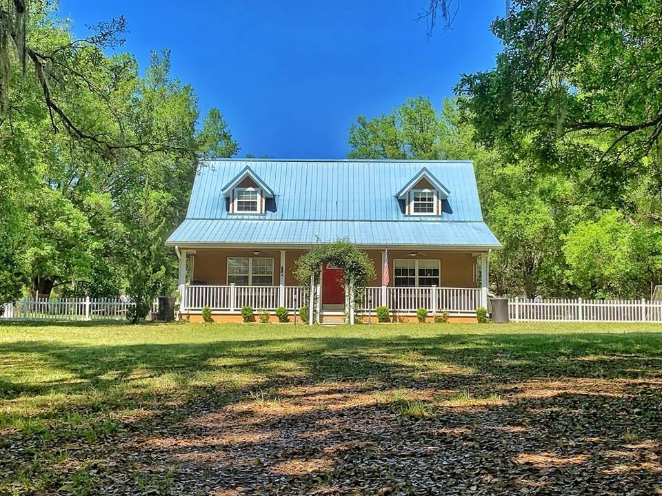COUNTRY HOME IN LEVY COUNTY ON 6 ACRES