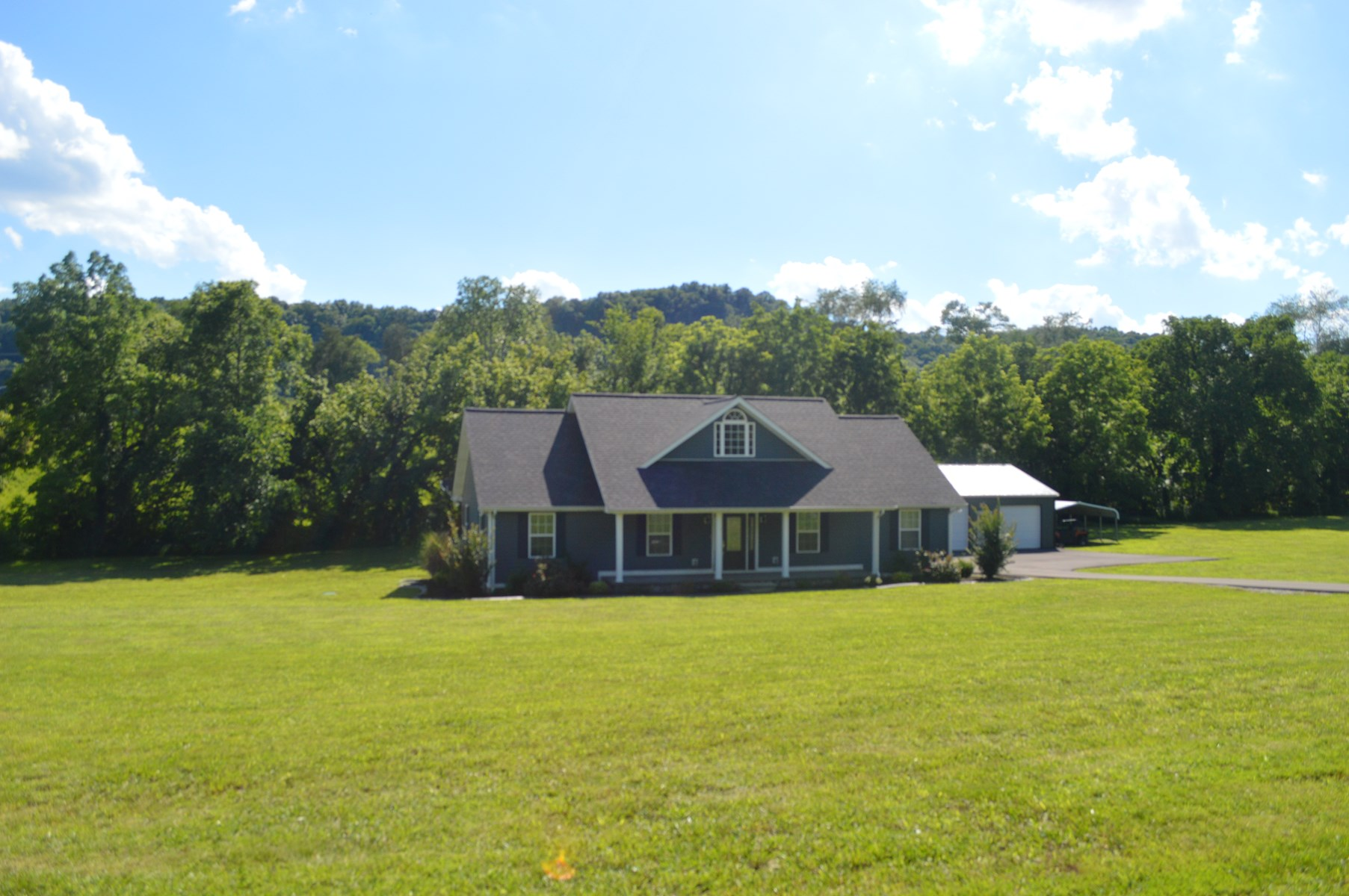 Country home for sale, Burkesville, Kentucky