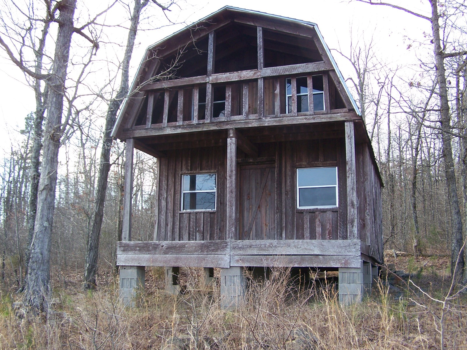 Rustic Hunting Cabin on 10 AC in Arkansas Ozarks