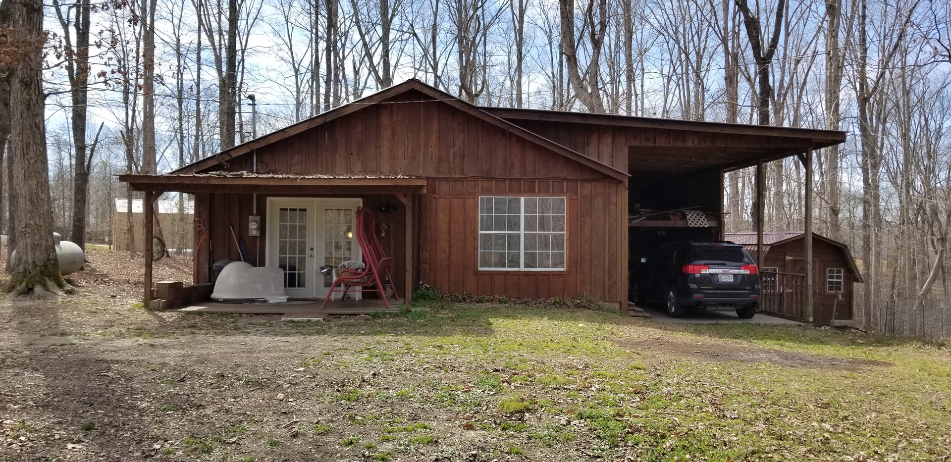 Perry County TN Cabin for Sale Near TN River