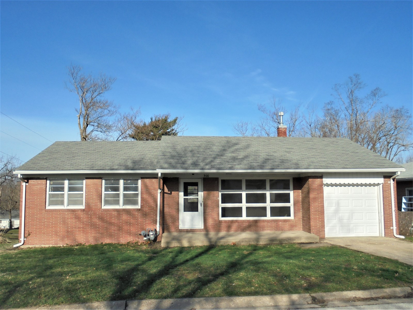 For Sale House on Corner Lot Chillicothe, MO