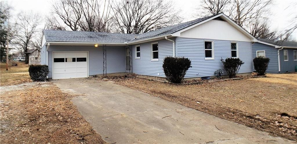 Adorable Home For Sale in Holden, MO