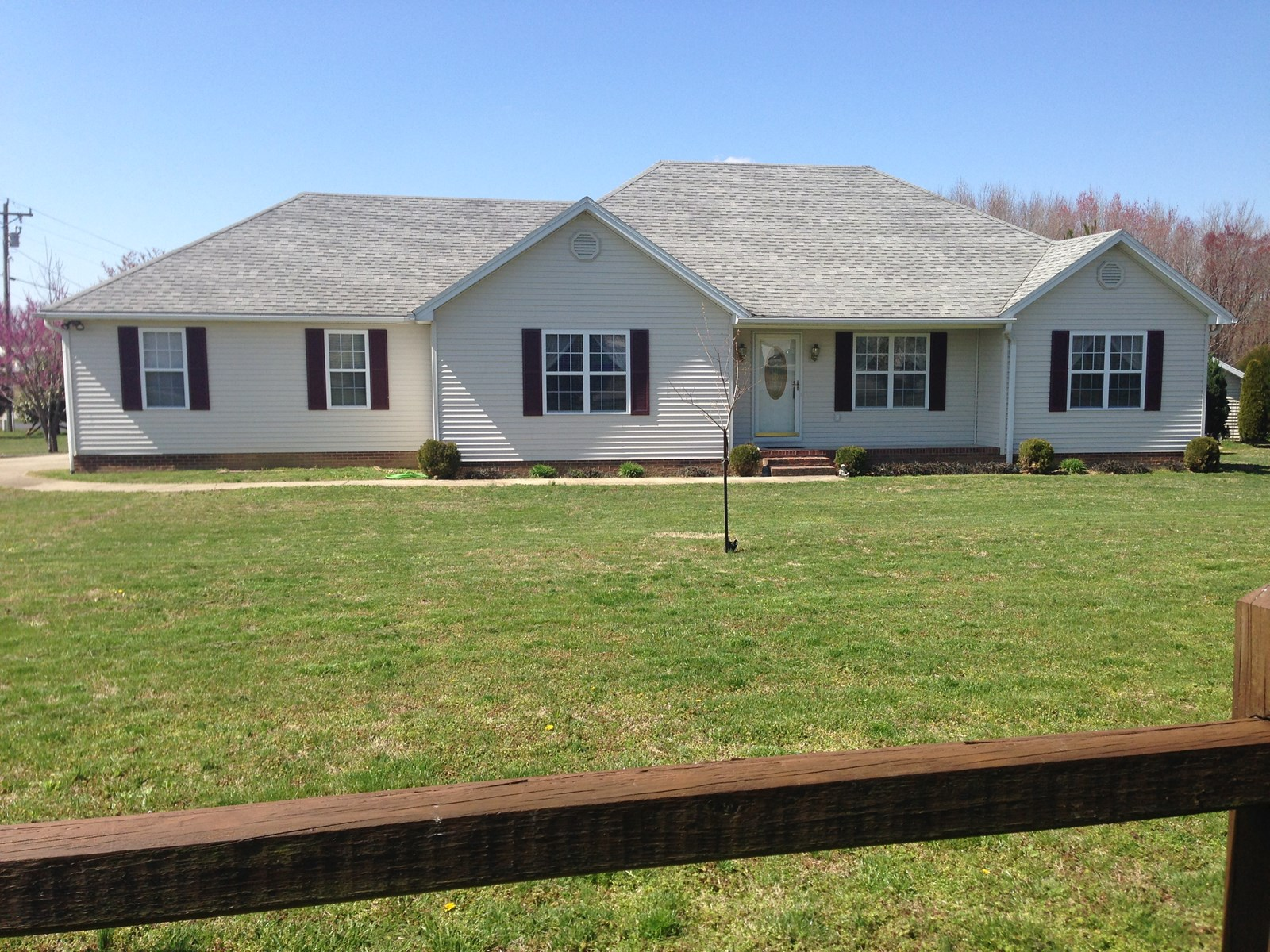 3 Bedroom 2 Bath Country Home for sale near Glasgow, Ky.