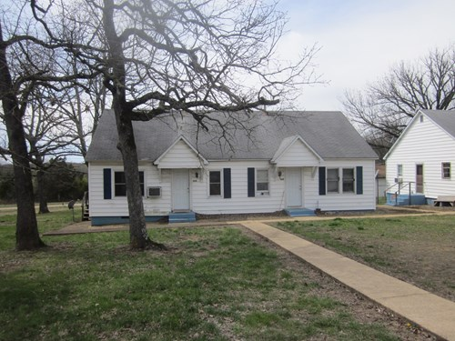 DUPLEX RENTAL FOR SALE IN MOUNTAIN HOME, ARKANSAS!