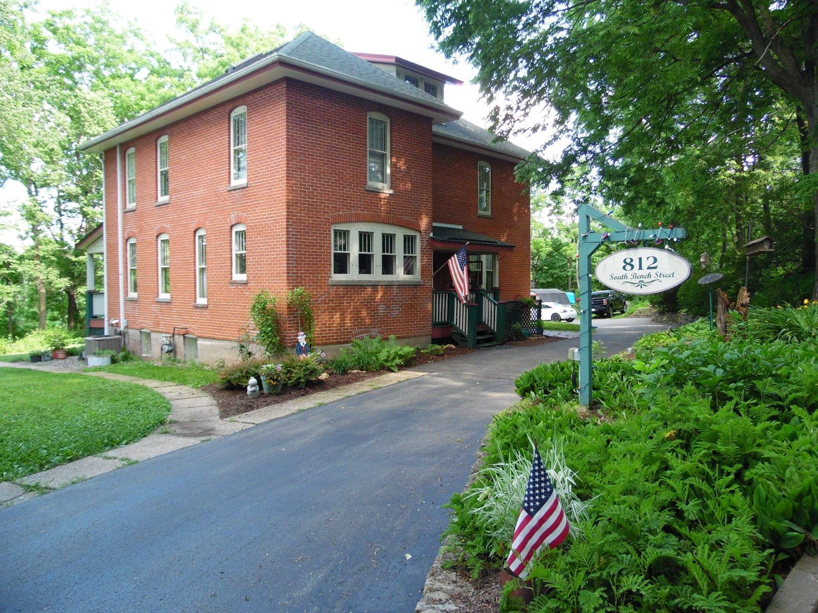 Historic Brick Home in Galena with River Views