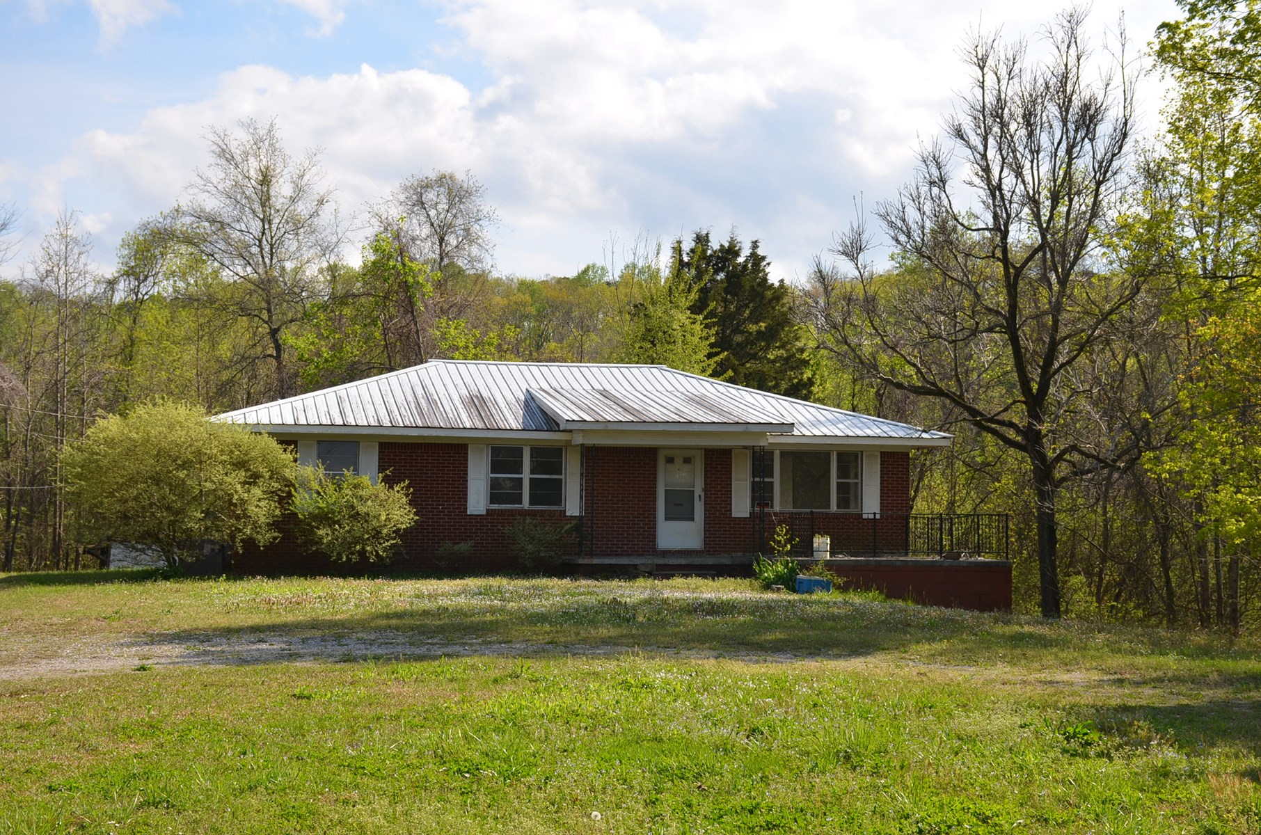 Live Auction - Brick Rancher on 2 AC Hwy 67 Decatur, AL