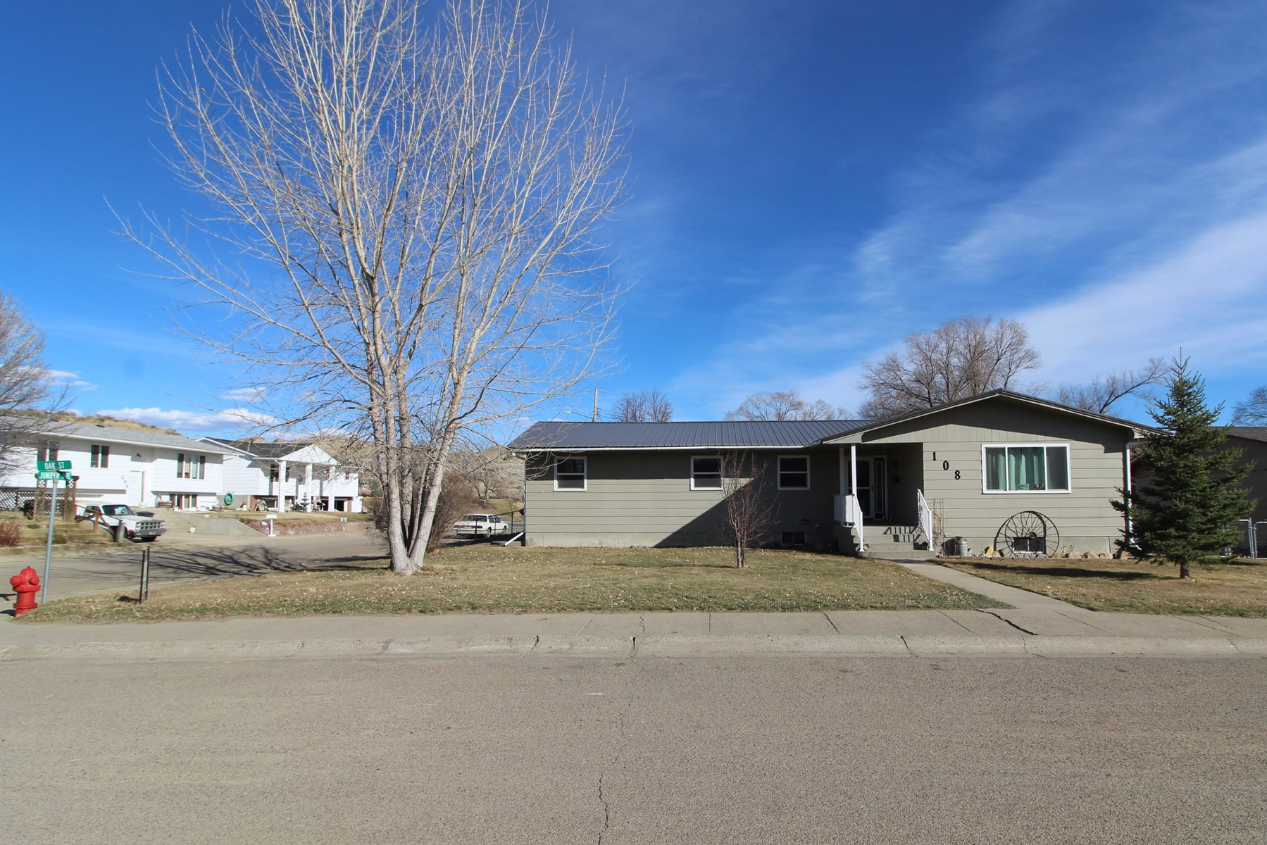 Recently updated 4 bedroom 2.5 bath home for sale -Glendive
