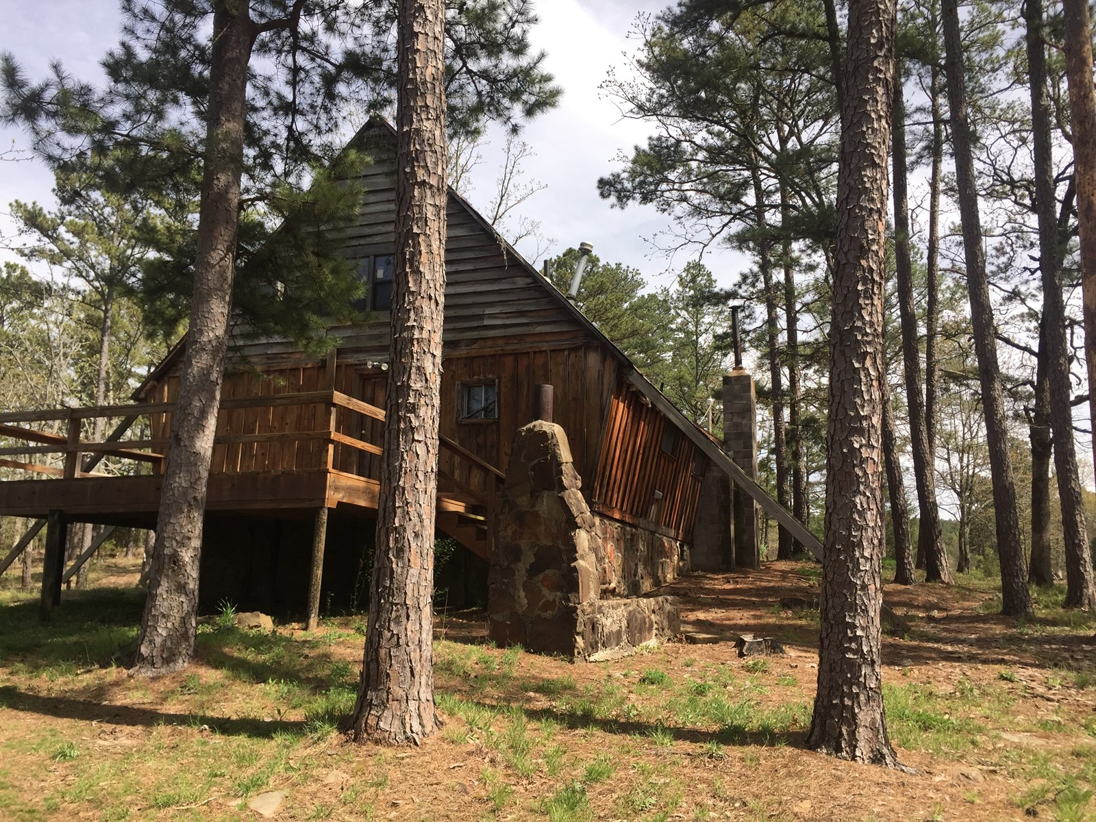 Southeastern Oklahoma Mountain Cabin for Sale Clayton,OK