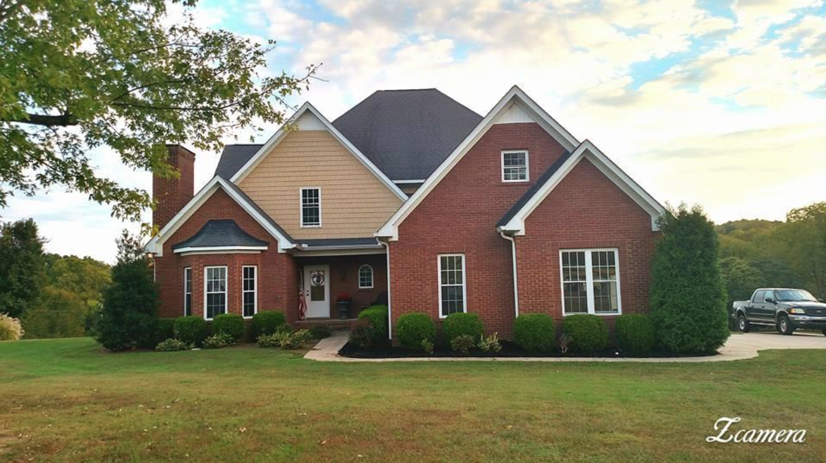 Spectacular Country Home with Acreage, Maury County Tennesse