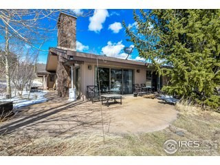 Beautiful Ranch Style home in Fox Acres Community