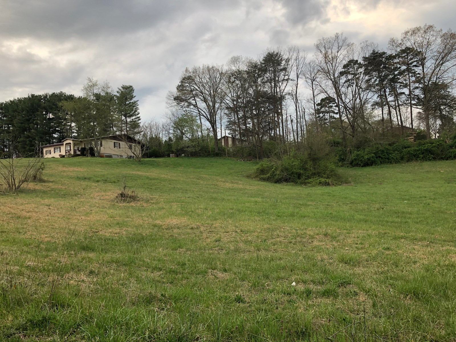 Nice Unrestricted building lots in Hamblen County For Sale
