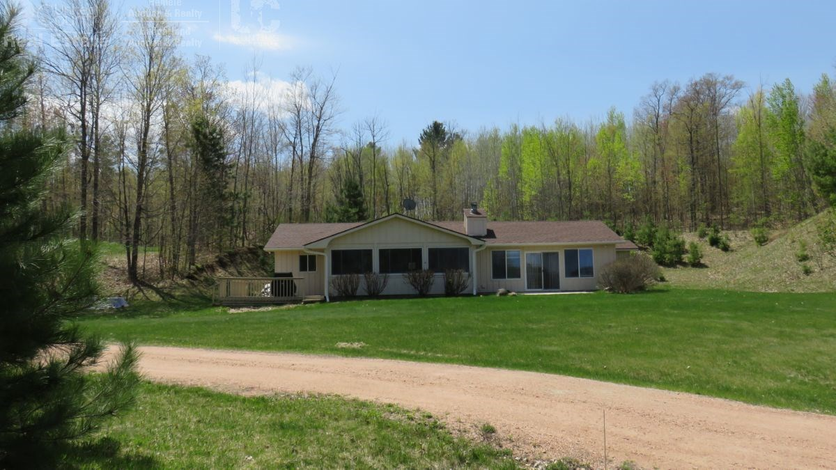 Perfect Permanent or Vacation Home Washburn County WI