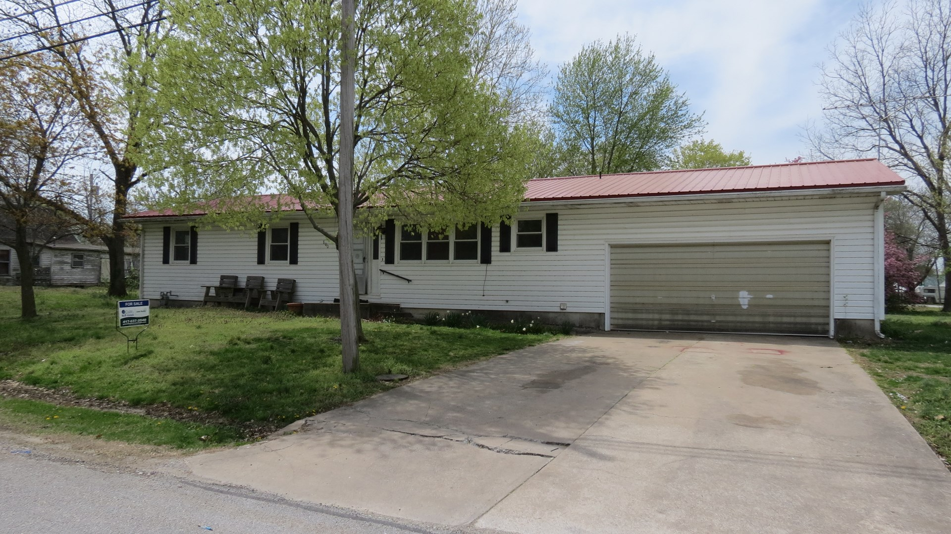 Nice Home For Sale In Golden City, MO.