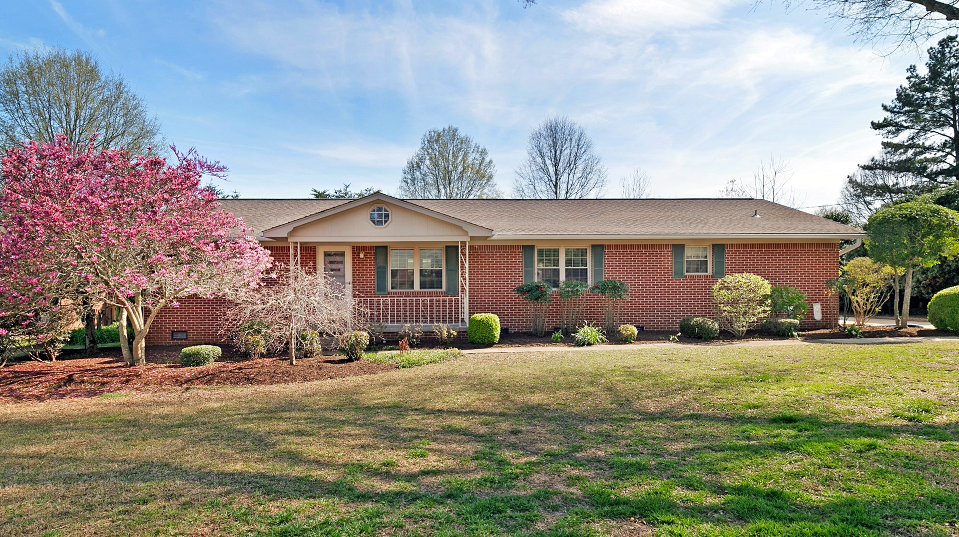 Brick Home For Sale w/ Large In-ground Pool, Great Location