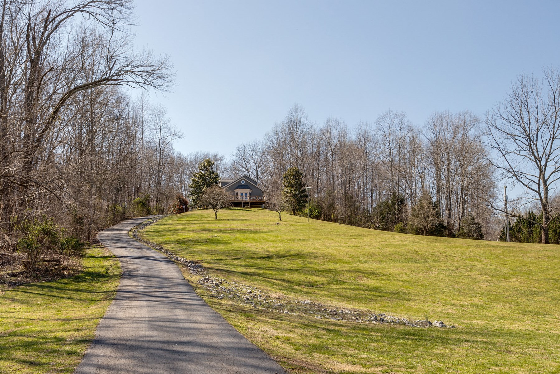 A one of a kind Home with Breathtaking Views in Giles County