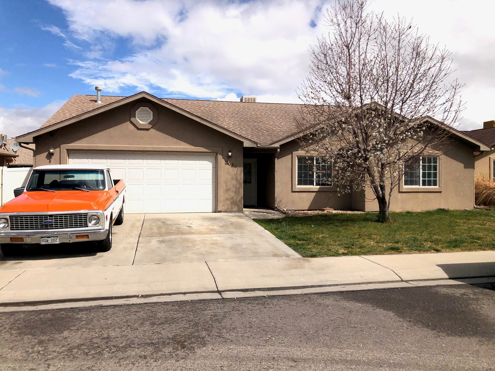 Colorado Home For Sale  Stucco 3 bd/2ba