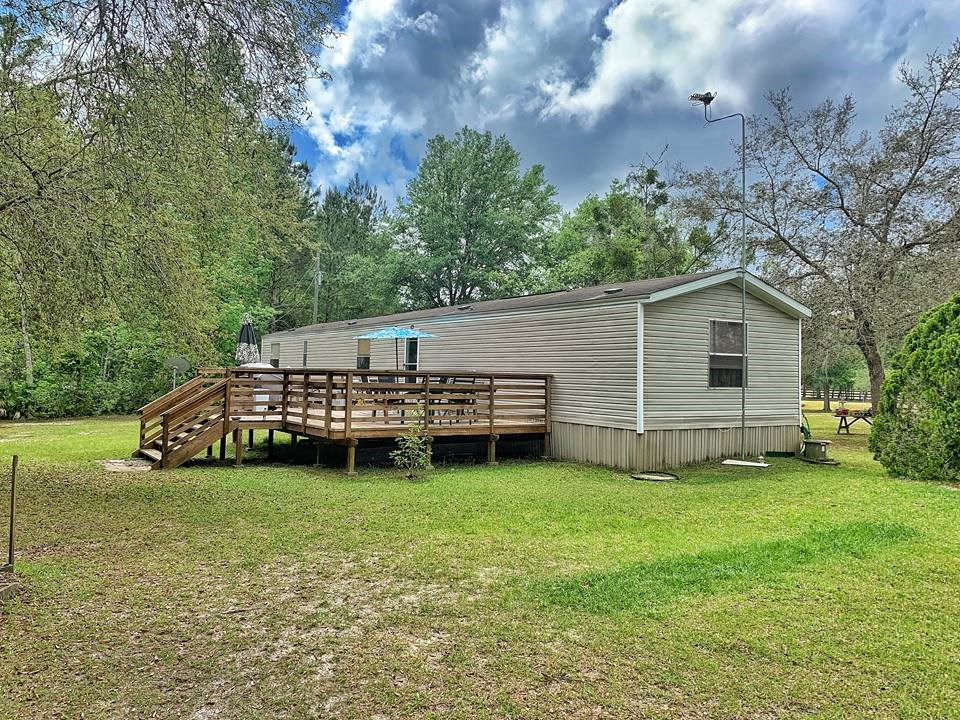 HOME FOR SALE w/ 10 ACRES - OLD TOWN, DIXIE COUNTY, FLORIDA