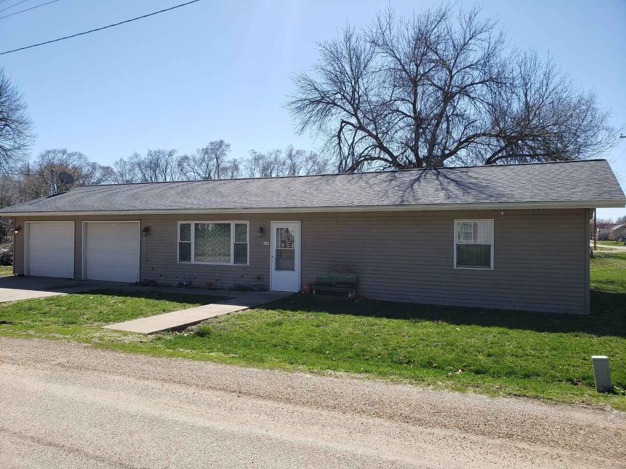 Ranch Style Home For Sale in Farmington, IA