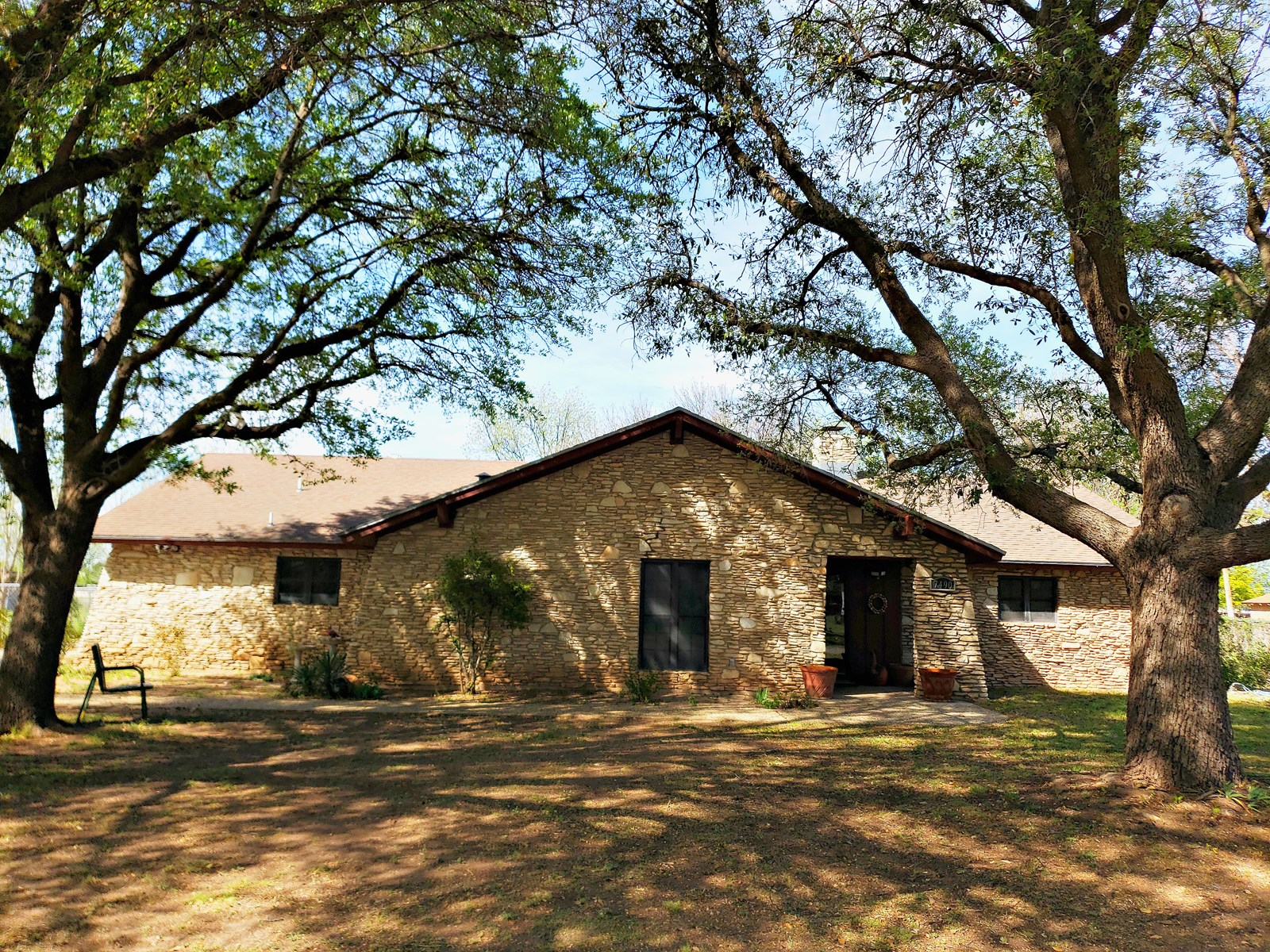 3Bed/2Bth Rock Home In Grape Creek, Texas