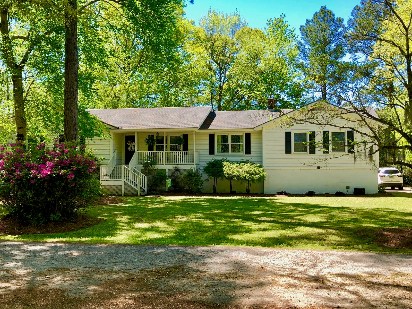 Country Home for sale in Washington, NC