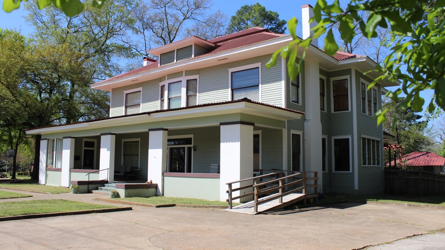 HISTORIC HOME FOR SALE PALESTINE TX | HISTORIC REAL ESTATE