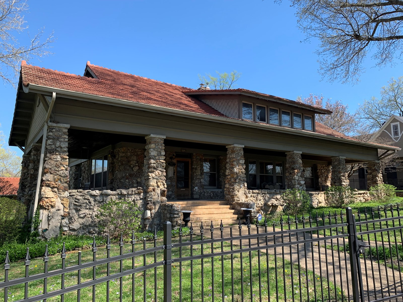 Historic Native-Rock Bungalow For Sale in Southern Missouri