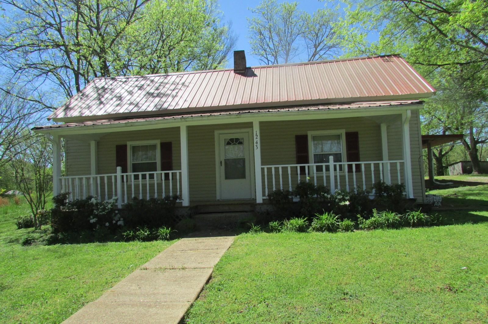 1243 1st Ave Mt Pleasant TN Auction