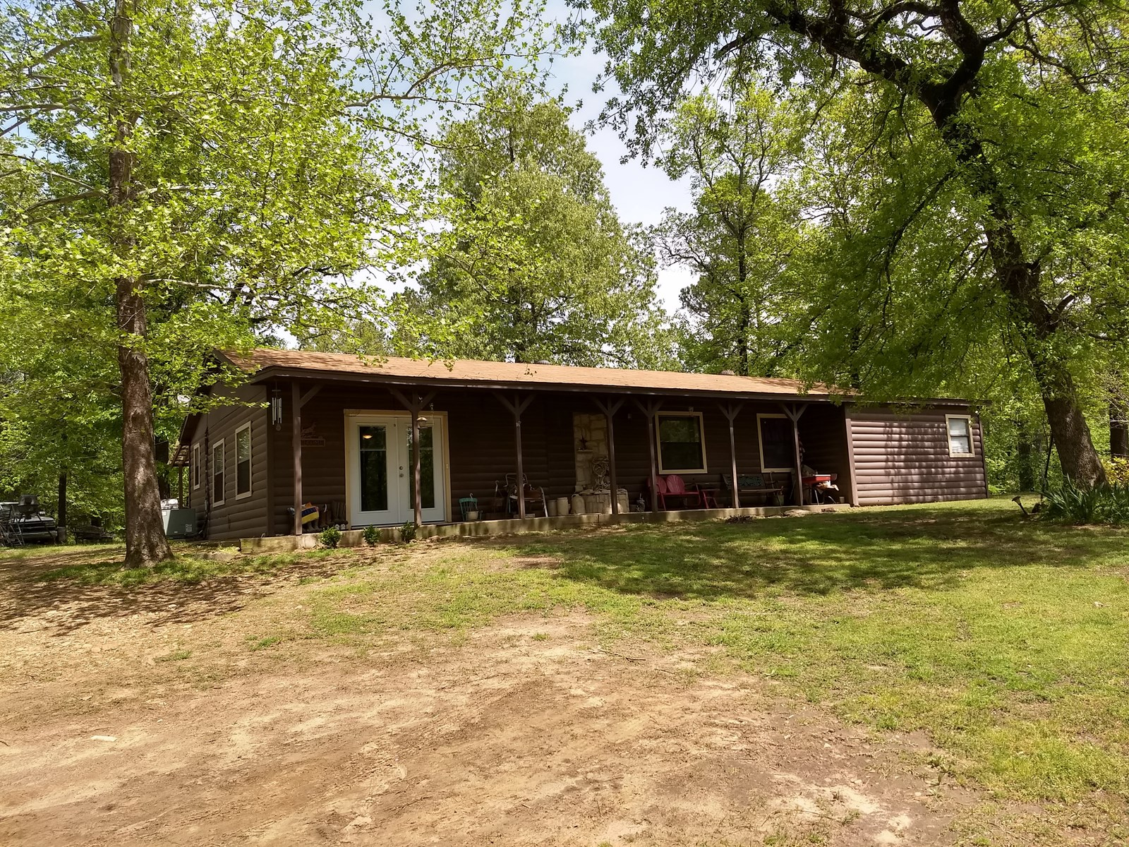 Log Cabin Home for Sale| Antlers, OK