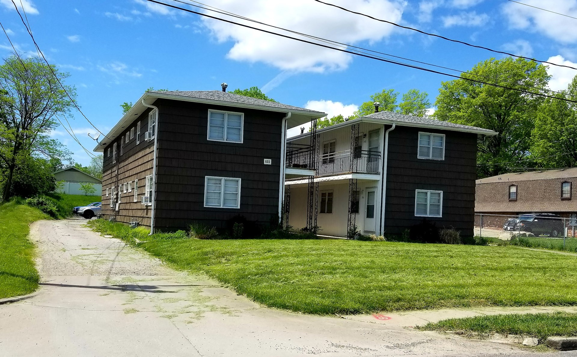 Apartment Building For Sale in Columbia, MO -Rental Property