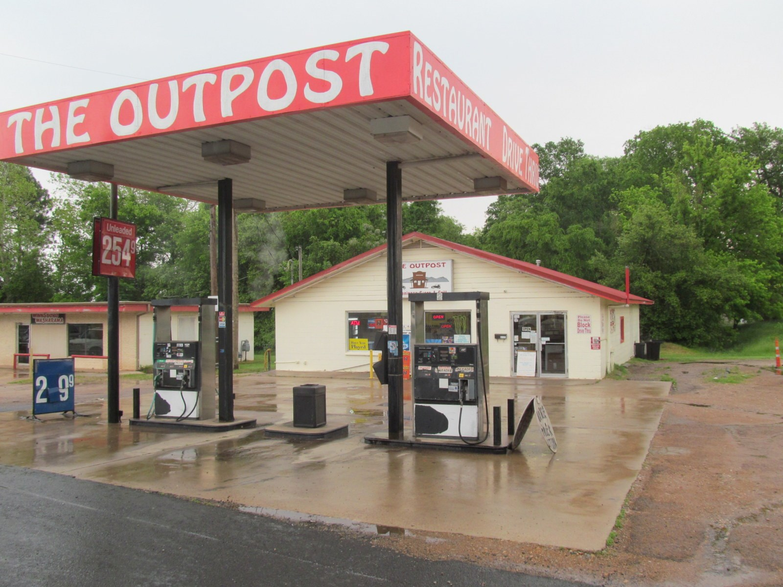 GAS STATION - RESTAURANT - CONVENIENCE STORE - EAST TEXAS