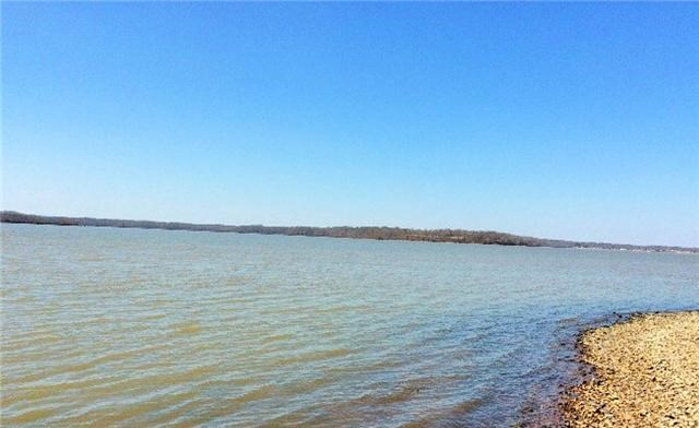 Waterfront building lots on River in Tennessee