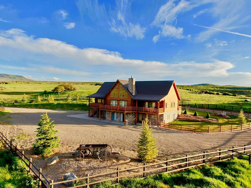 colorado custom log home